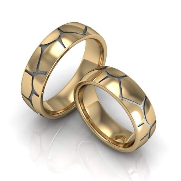 Breite Trauringe Gold mit Struktur kaufen inkl Gravur