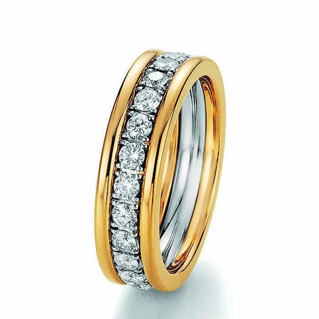 Memoirering gelbgold mit Diamanten in Krappenfassung