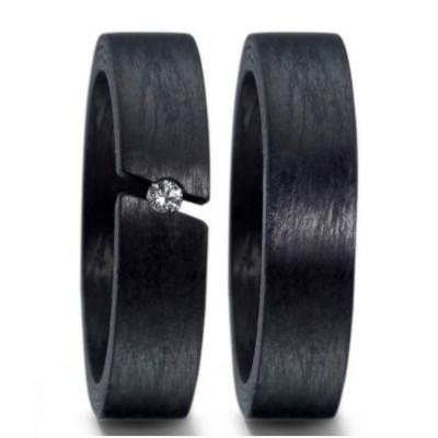 Schwarze Carbon-Verlobungsringe