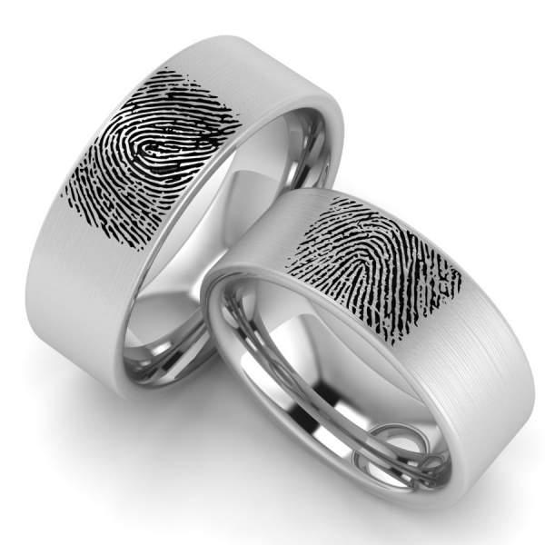 Gravur Ringe mit Fingerabdruck aus Edelstahl