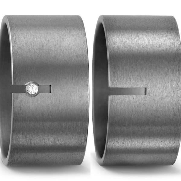 Breite Titanringe der Marke TitanFactory - Damenring mit Diamant