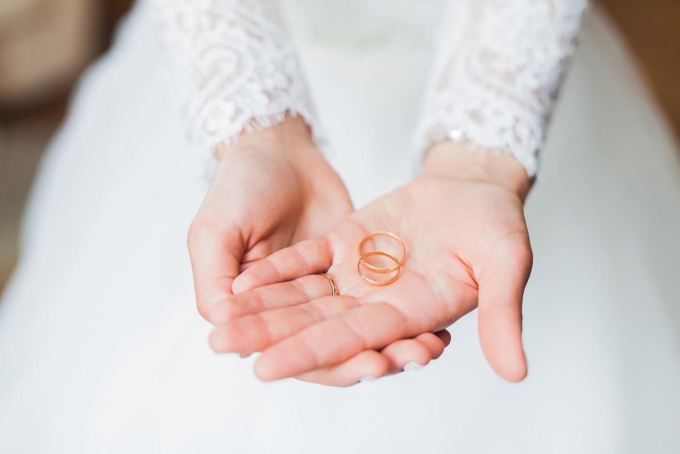 Gelbgold-Ringe